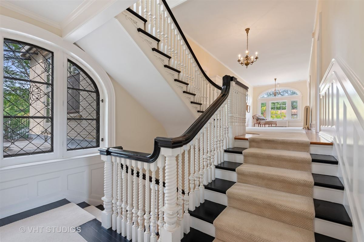 Classic Home In The Heart Of Town luxury properties