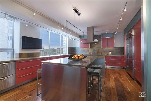 Luxury real estate spacious full-floor smart home