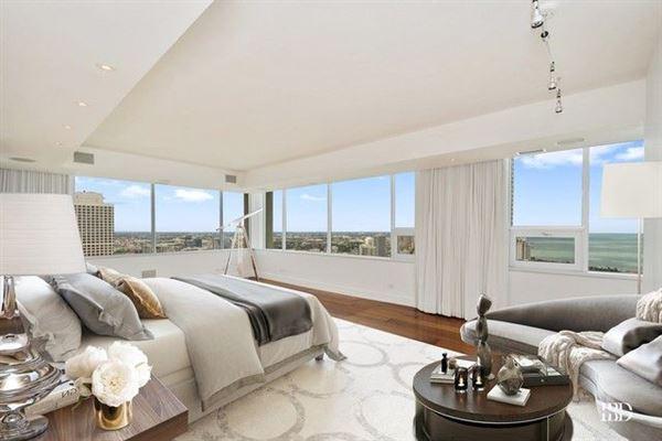 spacious full-floor smart home luxury real estate