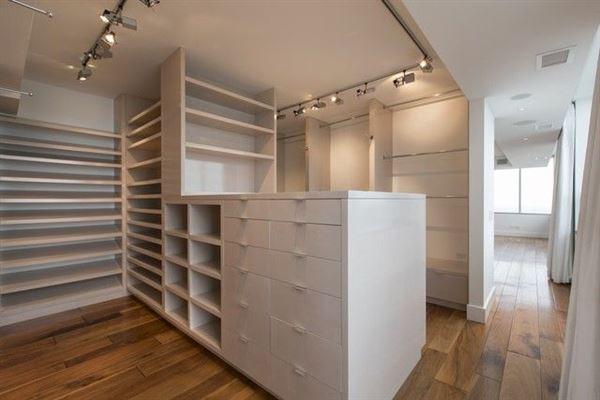 Luxury properties spacious full-floor smart home