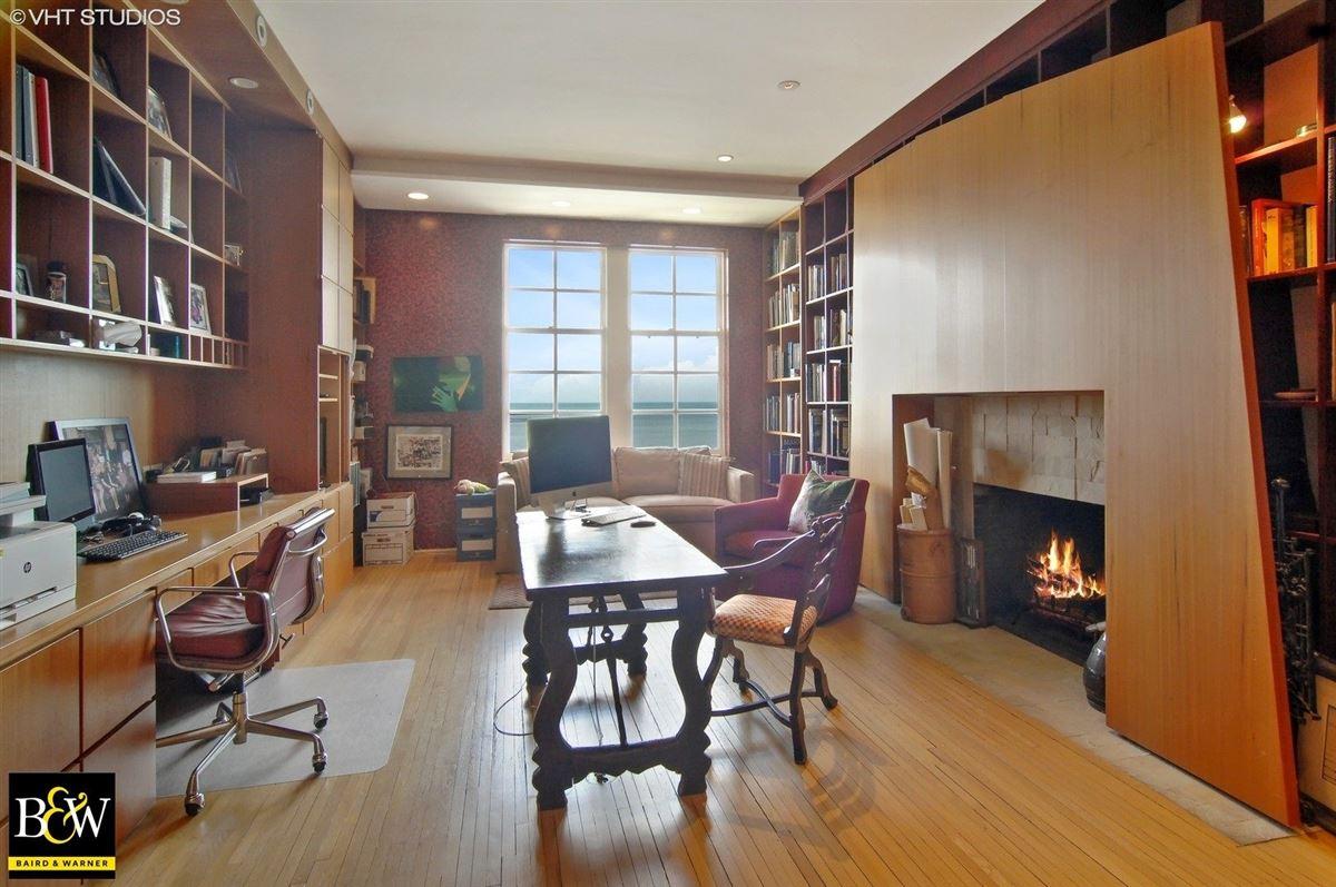 elegant half floor penthouse residence mansions