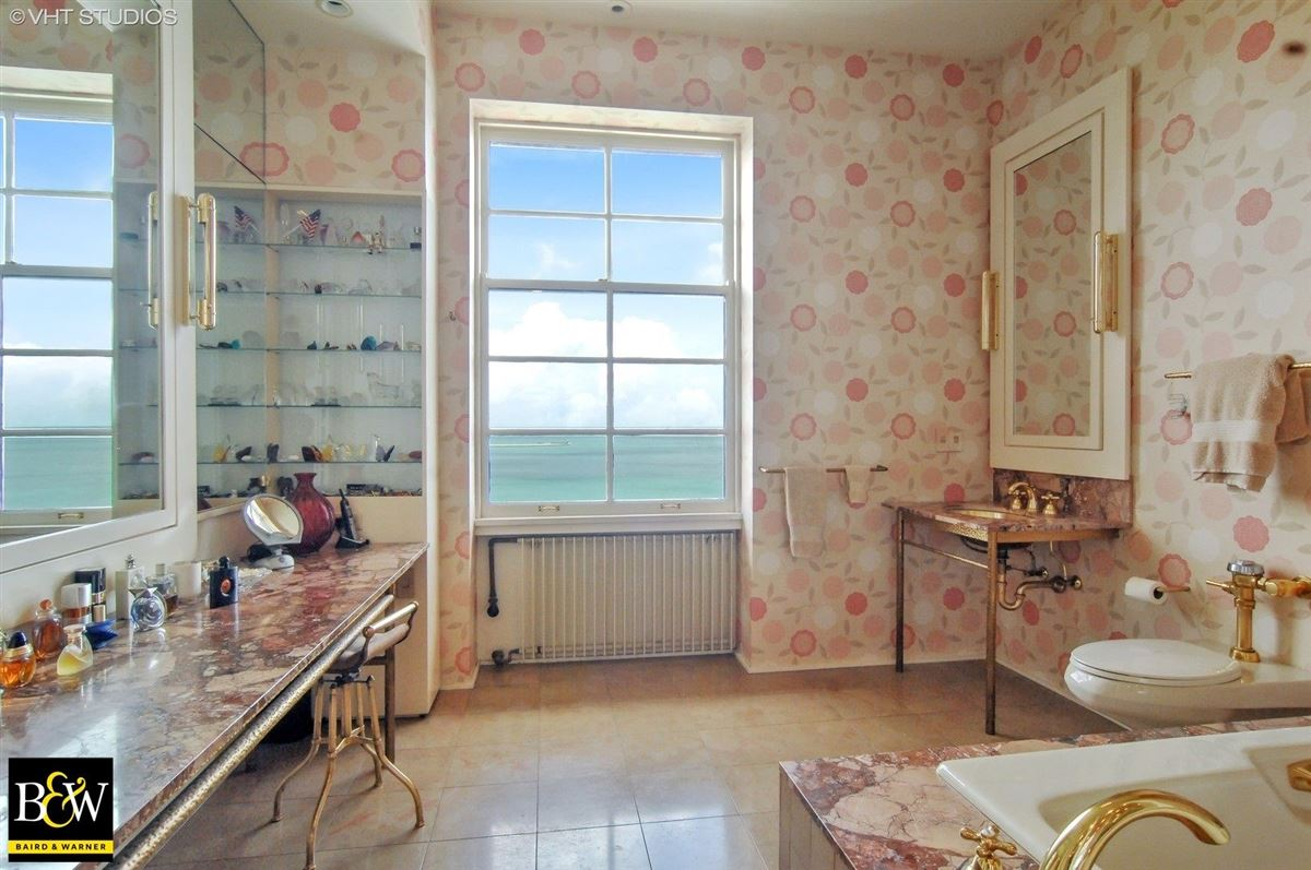 elegant half floor penthouse residence luxury homes