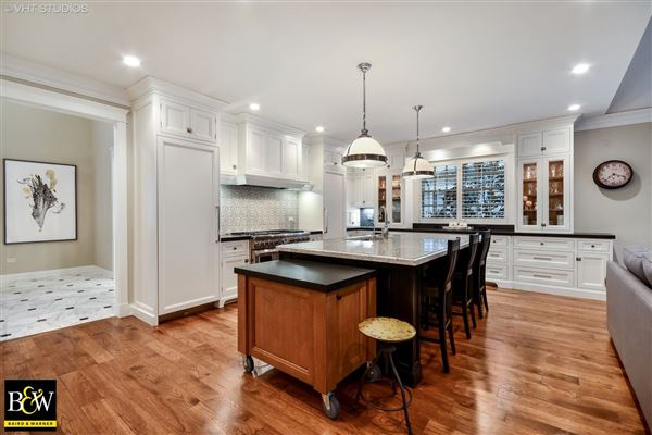 204 S 5th St luxury homes