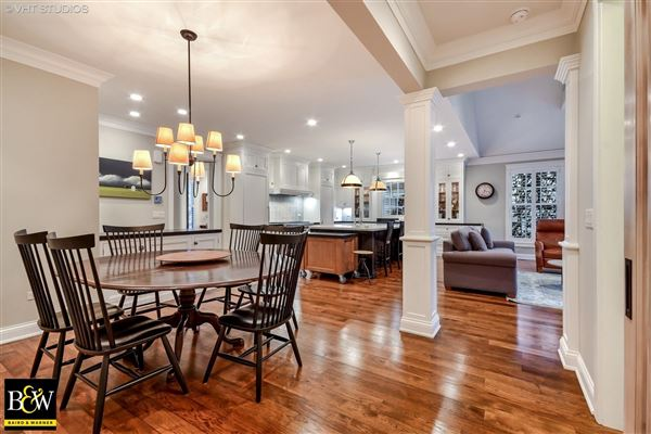 204 S 5th St luxury properties