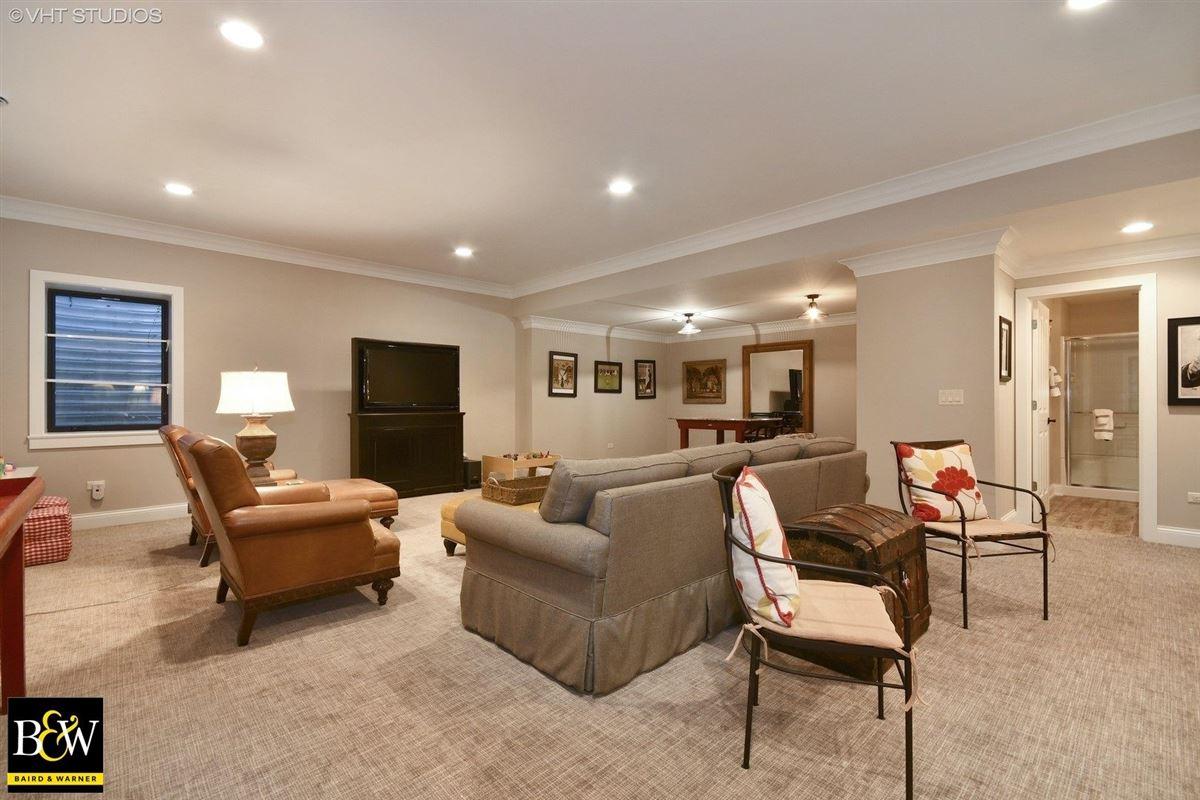 Luxury properties 204 S 5th St