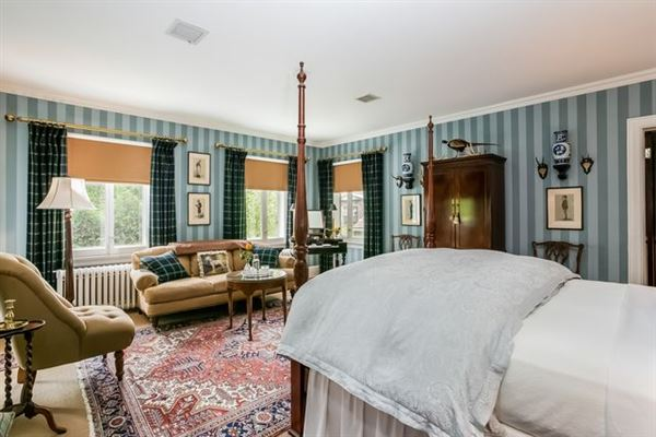 Luxury real estate Historically renovated Georgian Revival