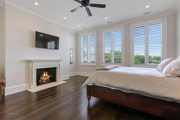 Luxury properties Stunning single family home on Mohawk Street