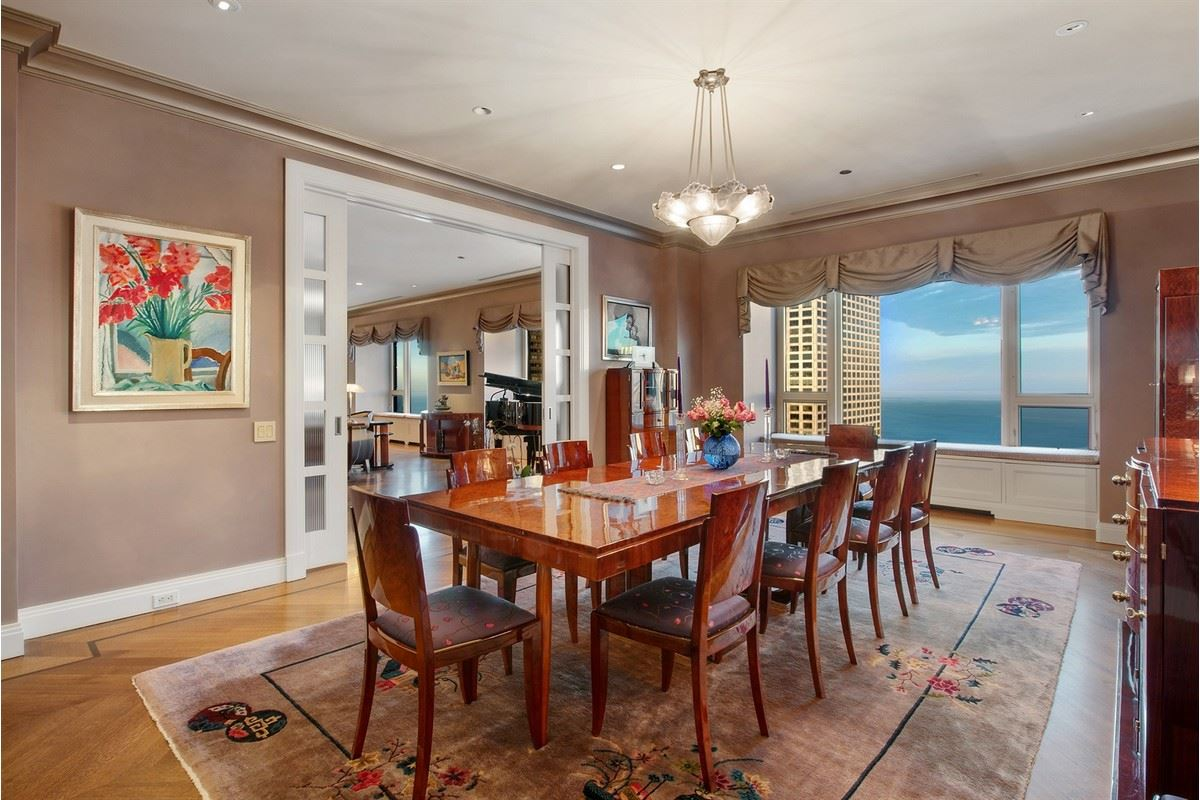 Luxury properties Tremendous opportunity in chicago