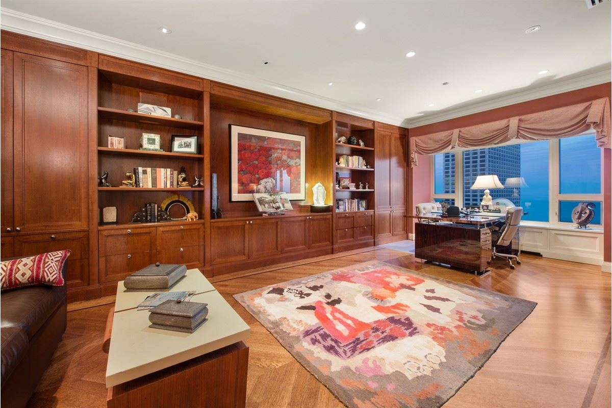 Luxury homes in Tremendous opportunity in chicago