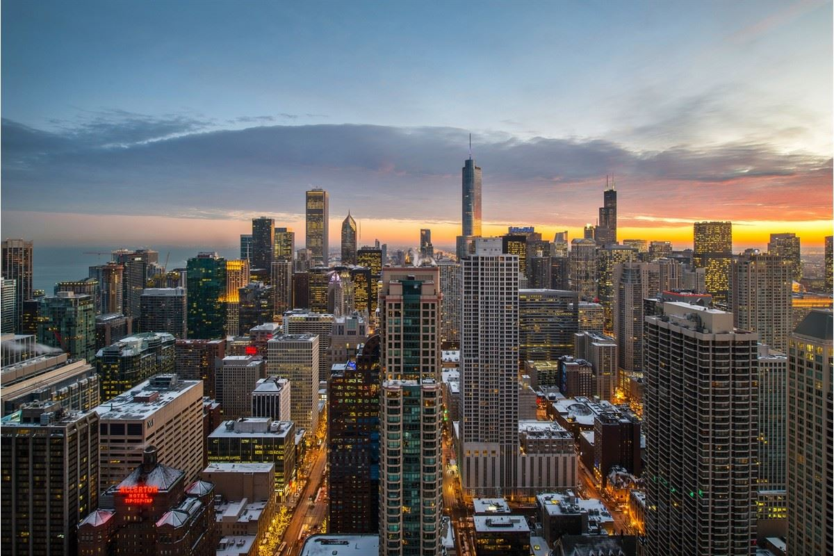 Tremendous opportunity in chicago mansions