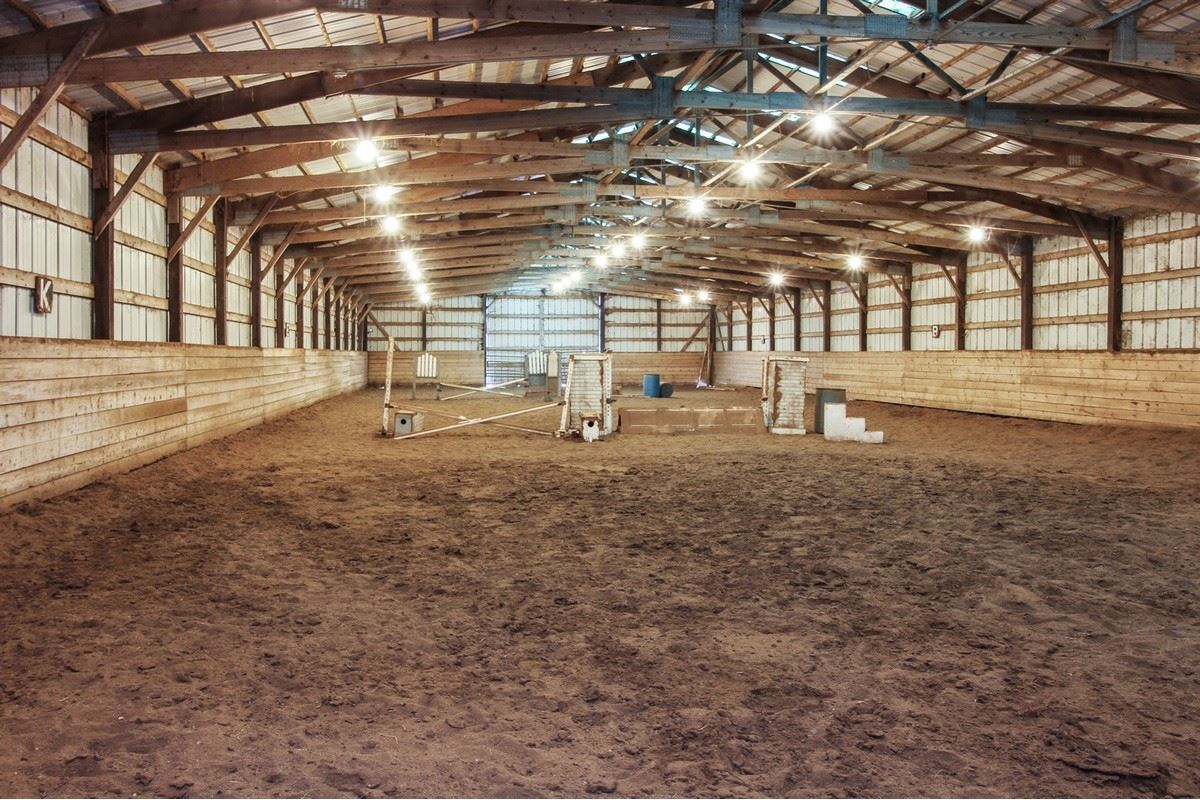 Luxury real estate 28 acre horse property