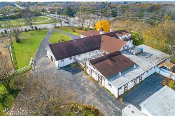 Luxury homes in equestrian dream propety