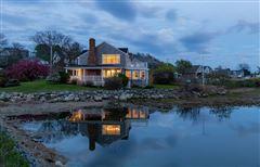 Mansions Lovely seaside gem