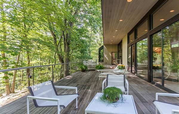 Mid Century Modern set in Historic Middlebury  luxury homes
