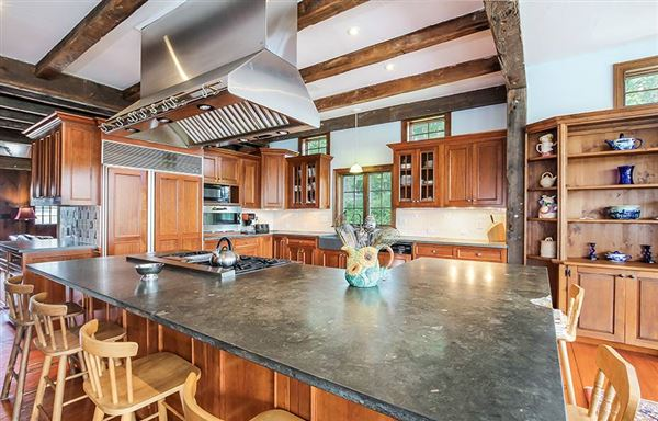exceptional estate in chatham luxury properties
