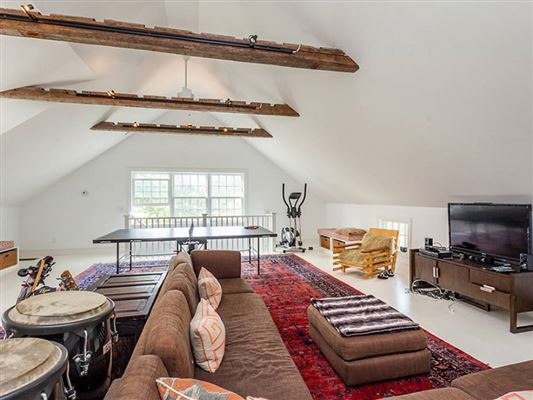 Uber Chic Designer Country Home luxury real estate