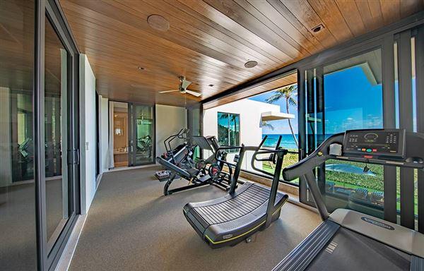 Mansions in ultra modern masterpiece in hillsboro beach