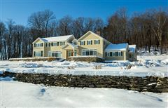 Luxury homes exquisite country home in a majestic setting