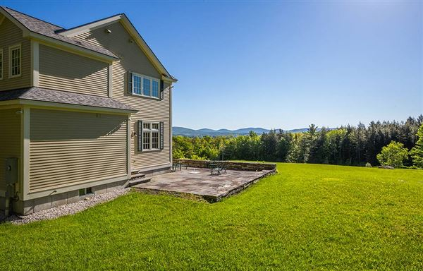Luxury properties exquisite country home in a majestic setting