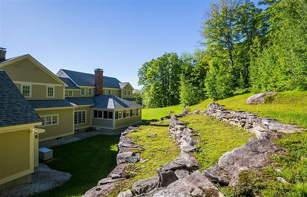 exquisite country home in a majestic setting luxury properties