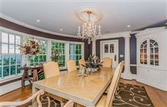 Luxury homes Magnificent views in simsbury