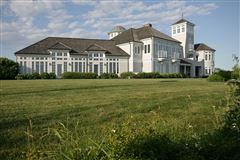 Luxury properties family compound with the finest views on Cape Cod