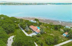 Luxury homes in Breathtaking open ocean views in harpswell