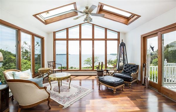 Luxury properties Breathtaking open ocean views in harpswell