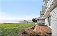 Luxury homes Lordship by the Sea