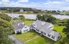 Luxury homes in most perfect waterfront property in harwich