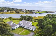 Mansions in most perfect waterfront property in harwich