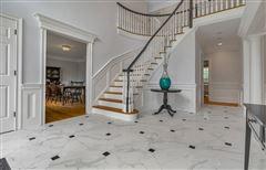Completely updated luxury residence luxury properties