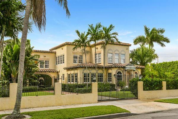 Gated Estate In Historic West Palm Beach Florida Luxury
