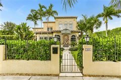 gated estate in Historic West Palm Beach luxury real estate