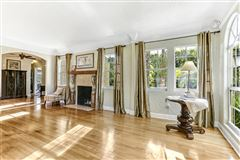 Luxury properties gated estate in Historic West Palm Beach
