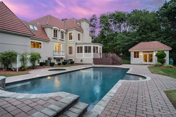 Mansions incredible home includes a jacuzzi, patio, deck, and cabana