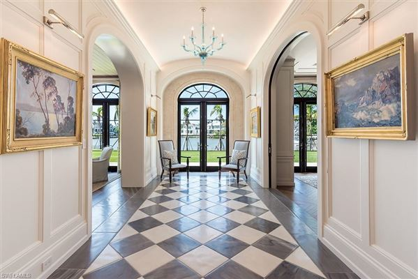 Luxury homes spectacular property in Port Royal