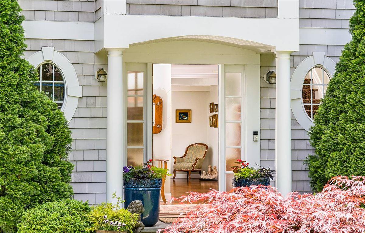 Pine Point Beach Association home luxury homes