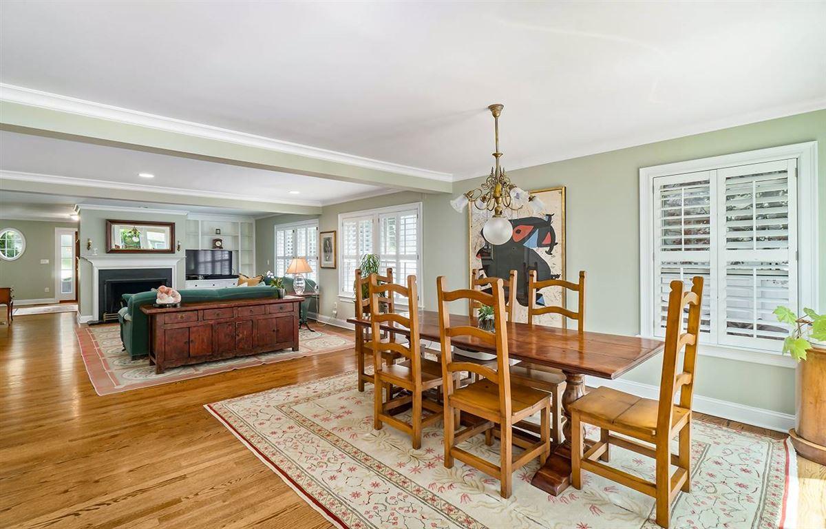 Pine Point Beach Association home luxury properties