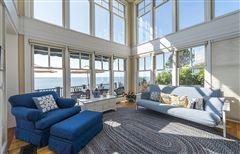 Mansions breathtaking beachfront property