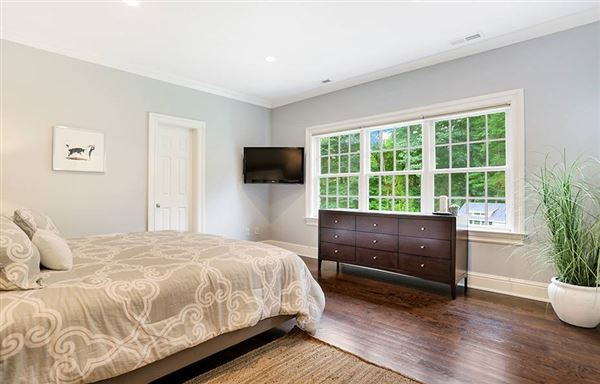 Luxury real estate come home to your personal retreat