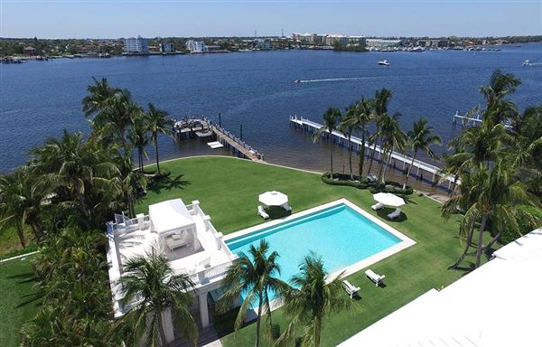Luxury homes Hypoluxo Island private luxury estate