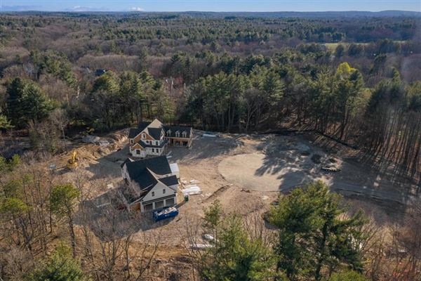 new home in exclusive South Meadow luxury homes