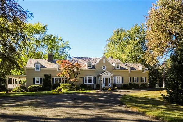 The Twin Gates Estate In North Haven Connecticut Luxury