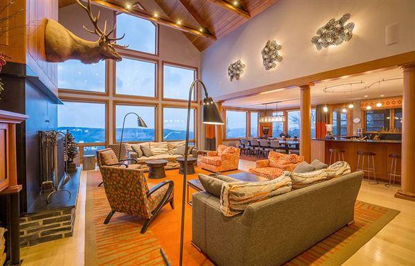 Luxury homes Famous luxurious slopeside silo house