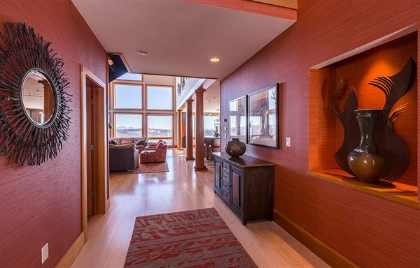 Famous luxurious slopeside silo house luxury homes