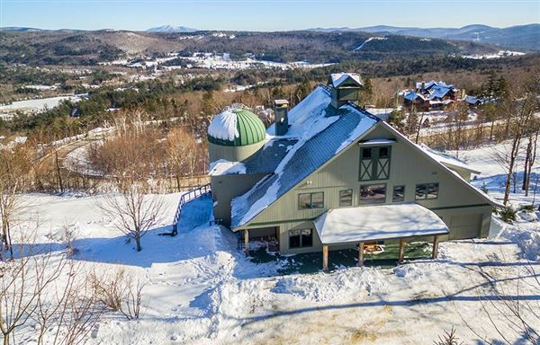Luxury real estate Famous luxurious slopeside silo house