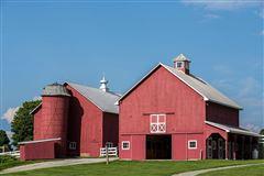 Cedar Grove Farm luxury homes