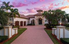 luxury estate home in Miromar Lakes luxury real estate