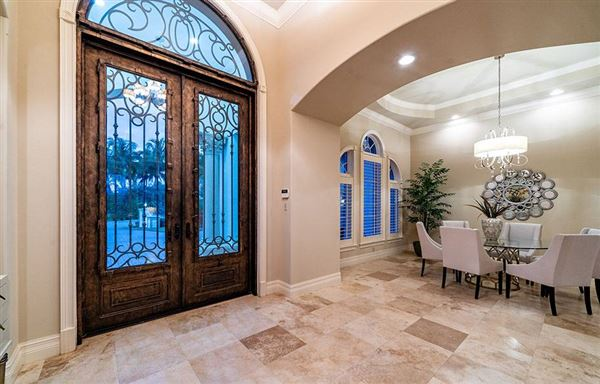 Luxury real estate luxury estate home in Miromar Lakes